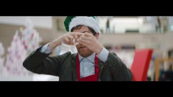 Verizon TV Spot, 'Wrapping Paper: Pixel' Featuring Thomas Middleditch - Thumbnail 7