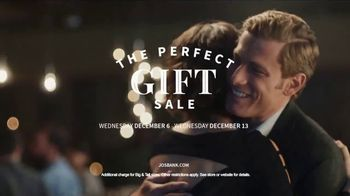 JoS. A. Bank Perfect Gift Sale TV Spot, 'Sportcoats and Sweaters' - Thumbnail 7