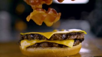 Burger King Bacon King Jr. TV Spot, 'Small Package' - Thumbnail 5