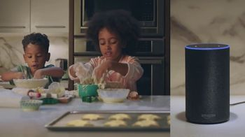Amazon Echo TV Spot, 'Alexa Moments: Santa Search' - Thumbnail 4