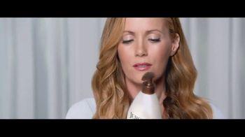 Jergens Ultra Healing TV Spot, 'Elbows' Featuring Leslie Mann - Thumbnail 9