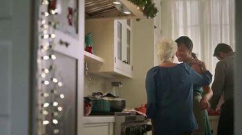 Walmart TV Spot, 'Cena navideña' canción de Luis Fonsi [Spanish] - Thumbnail 4