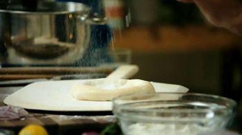 Masterclass TV Spot, 'Wolfgang Puck Teaches Cooking' Feat. Wolfgang Puck - Thumbnail 2