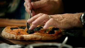 Masterclass TV Spot, 'Wolfgang Puck Teaches Cooking' Feat. Wolfgang Puck - Thumbnail 4