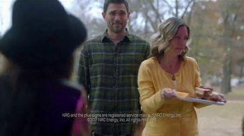 NRG Free Weekends Plan TV Spot, 'The Carter House' - Thumbnail 8