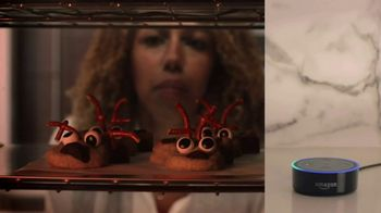 Amazon Echo Dot TV Spot, 'Alexa Moments: Reindeer' - Thumbnail 7