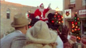 Bass Pro Shops Countdown to Christmas TV Spot, 'Santa's Wonderland: Hikers' - Thumbnail 2
