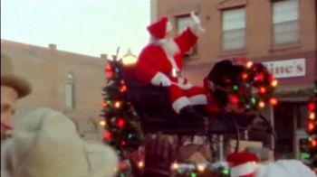 Bass Pro Shops Countdown to Christmas TV Spot, 'Santa's Wonderland: Hikers' - Thumbnail 3