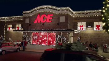 ACE Hardware Wrap It in Red TV Spot, 'Gift for Dad' - Thumbnail 1