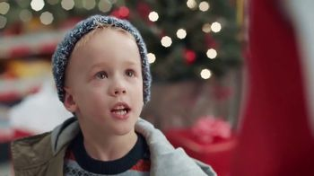 ACE Hardware Wrap It in Red TV Spot, 'Gift for Dad' - 2839 commercial airings