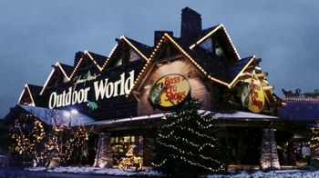 Bass Pro Shops TV Spot, 'Santa's Wonderland: Flannel' - Thumbnail 3