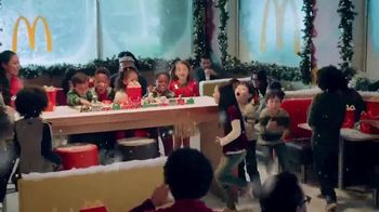 McDonald's Happy Meal TV Spot, 'Holiday Express: Experience the Magic' - Thumbnail 8