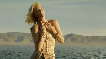 Dior J'Adore Injoy TV Spot, 'Absolute Femininity' Featuring Charlize Theron - Thumbnail 5