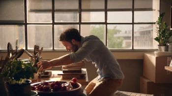 Barilla Ready Pasta TV Spot, 'First Apartment 60 Second Rotini'