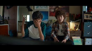 Fios by Verizon TV Spot, 'Gritos' con Gaten Matarazzo [Spanish] - Thumbnail 7