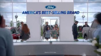 Ford Year End Sales Event TV Spot, '2017 Explorer' Song by Imagine Dragons [T2] - Thumbnail 4
