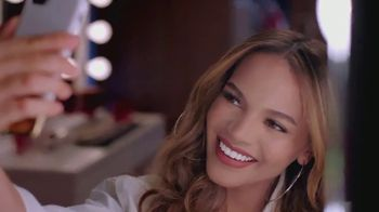 Colgate Optic White TV Spot, 'Sin filtro' con Leslie Grace [Spanish] - Thumbnail 6