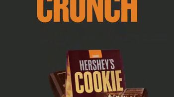 Hershey's Cookie Layer Crunch TV Spot, 'A World Without Layers' - Thumbnail 10
