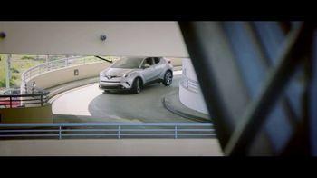 Toyota C-HR TV Spot, 'Flipping the Script: Rush Hour' [T1] - Thumbnail 5